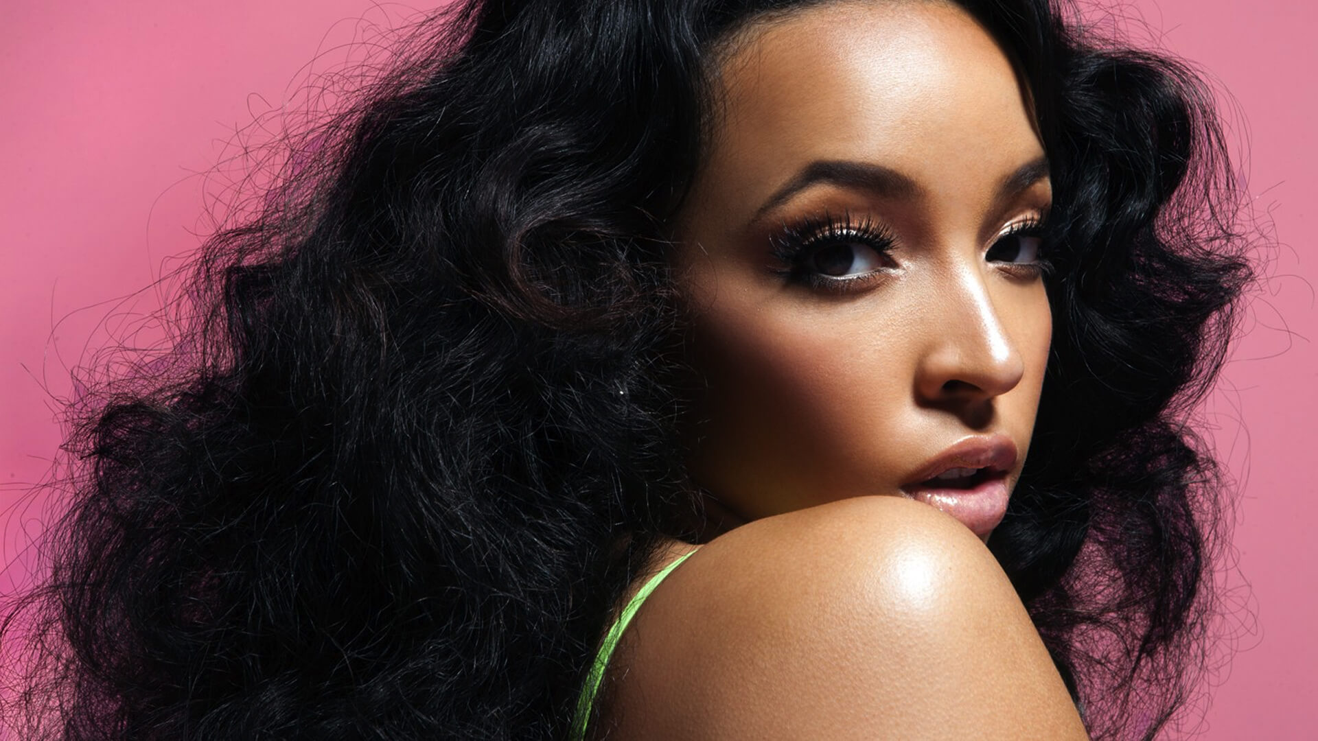 Tinashe-Superlove-banner2
